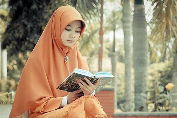Hijabers Sadarlah, Pesan Mengejutkan Seorang Kristiani tentang Hijab ModisKalian